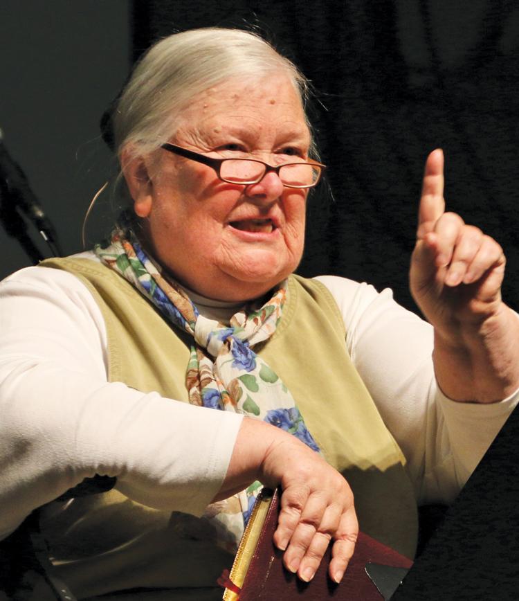 Sue Thomas speaks in CIU Chapel